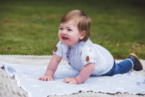 family photos in leicestershire park. Family portrait photographer staffordshire